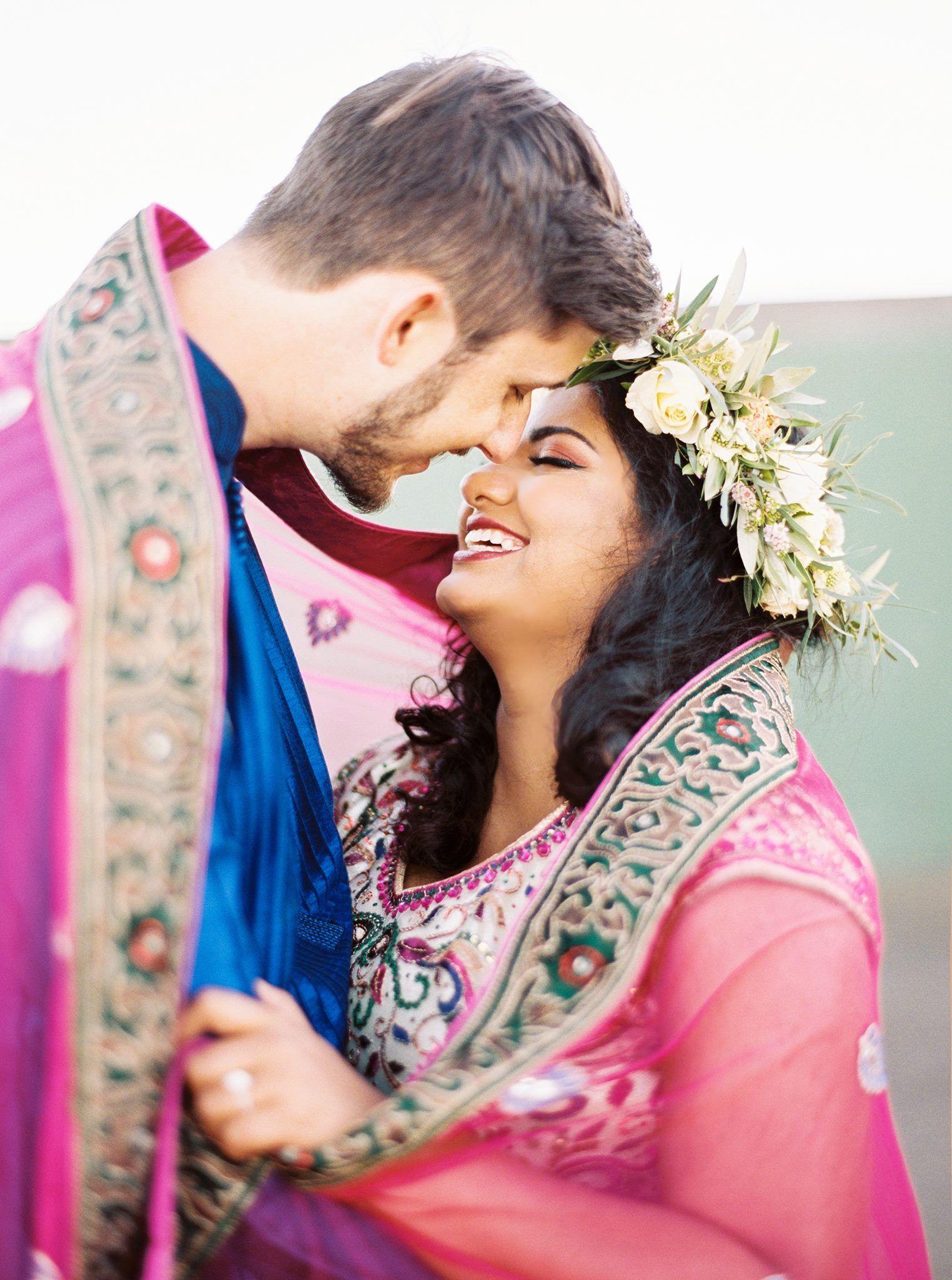 Indian Engagement Bodas Parejas