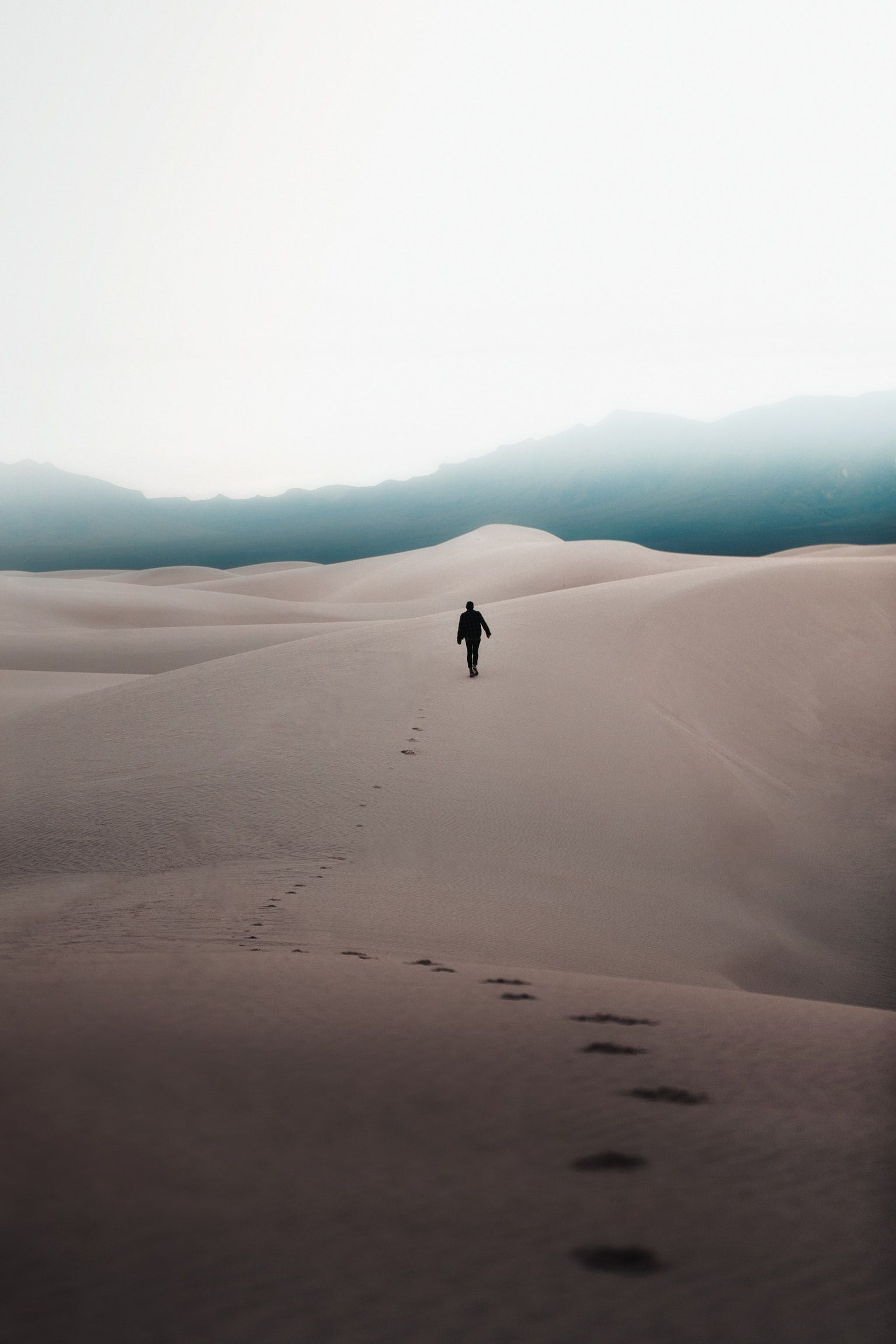 Sand Dune Mountain White Sand Dune And Explore Hd Photo By Logan Armstrong Loganstrongarms On Unsplash Desert Photography Desert Pictures Dune