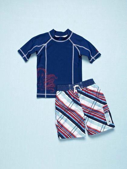 626af00eb Bañadores y camisetas para niños con protección solar de Cabana Life ...