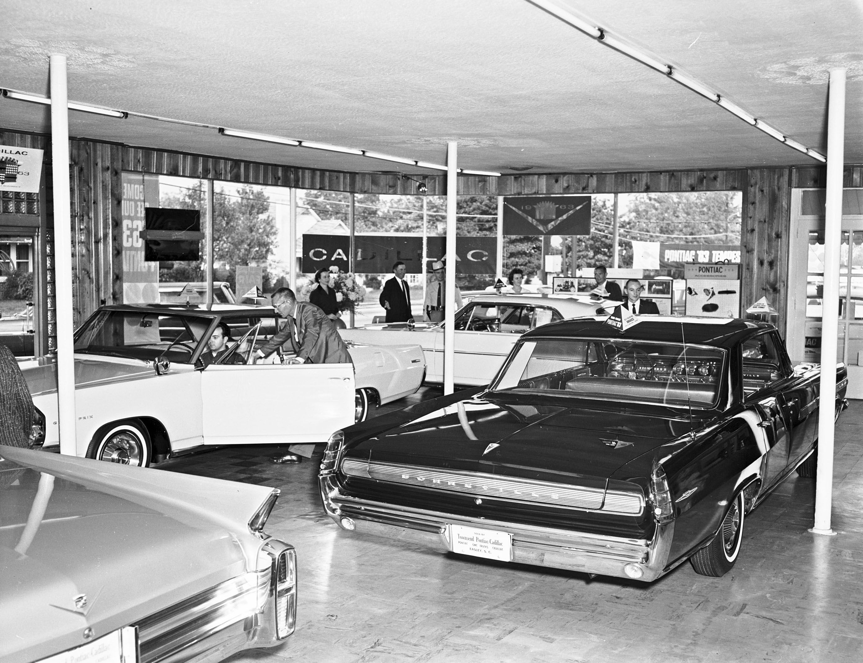 Roseville Auto Sales >> Cadillac/Pontiac dealer, 1962. | 1960s Americana | Pinterest | Cadillac and Cars