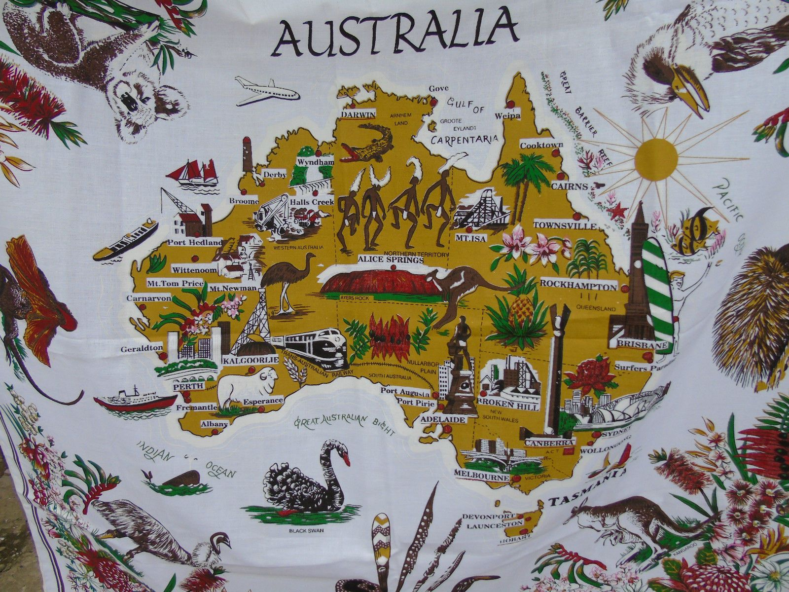 Souvenir australia tablecloth with map animals and plants design souvenir australia tablecloth with map animals and plants design ebay gumiabroncs Choice Image