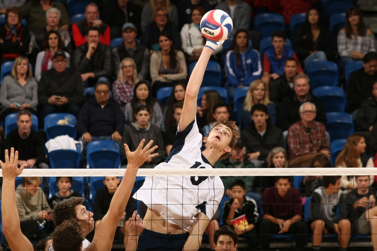 Uci 7 0 Mb Fr Scott Stadick Was Named 2016 17 Mpsf Freshman Of The Year And Volleyball Magazine National Freshmen Of The Y Mens Volleyball Volleyball Freshman