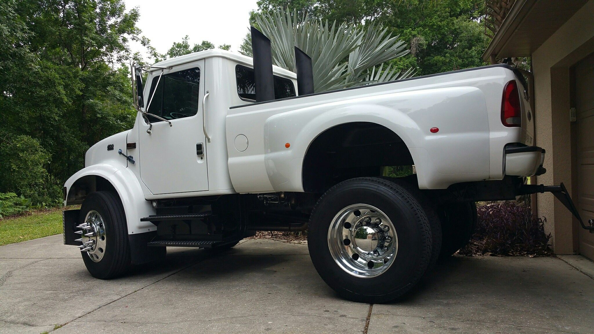 International 4700 custom dually new wheels