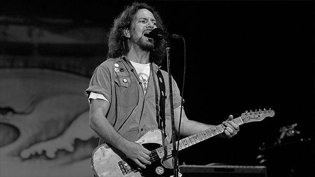 Anti-War Eddie Vedder Plays John Lennon's Imagine Live