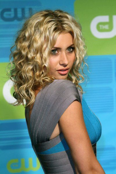Alyson Michalka Curly Hair Want My Curls To Have This Much