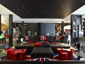 CitizenM London Bankside, Designed By Concrete Architectural Associates,  Will Be The Fourth Hotel To Open In The CitizenM Hotels Family, And Offers  Mobile ...