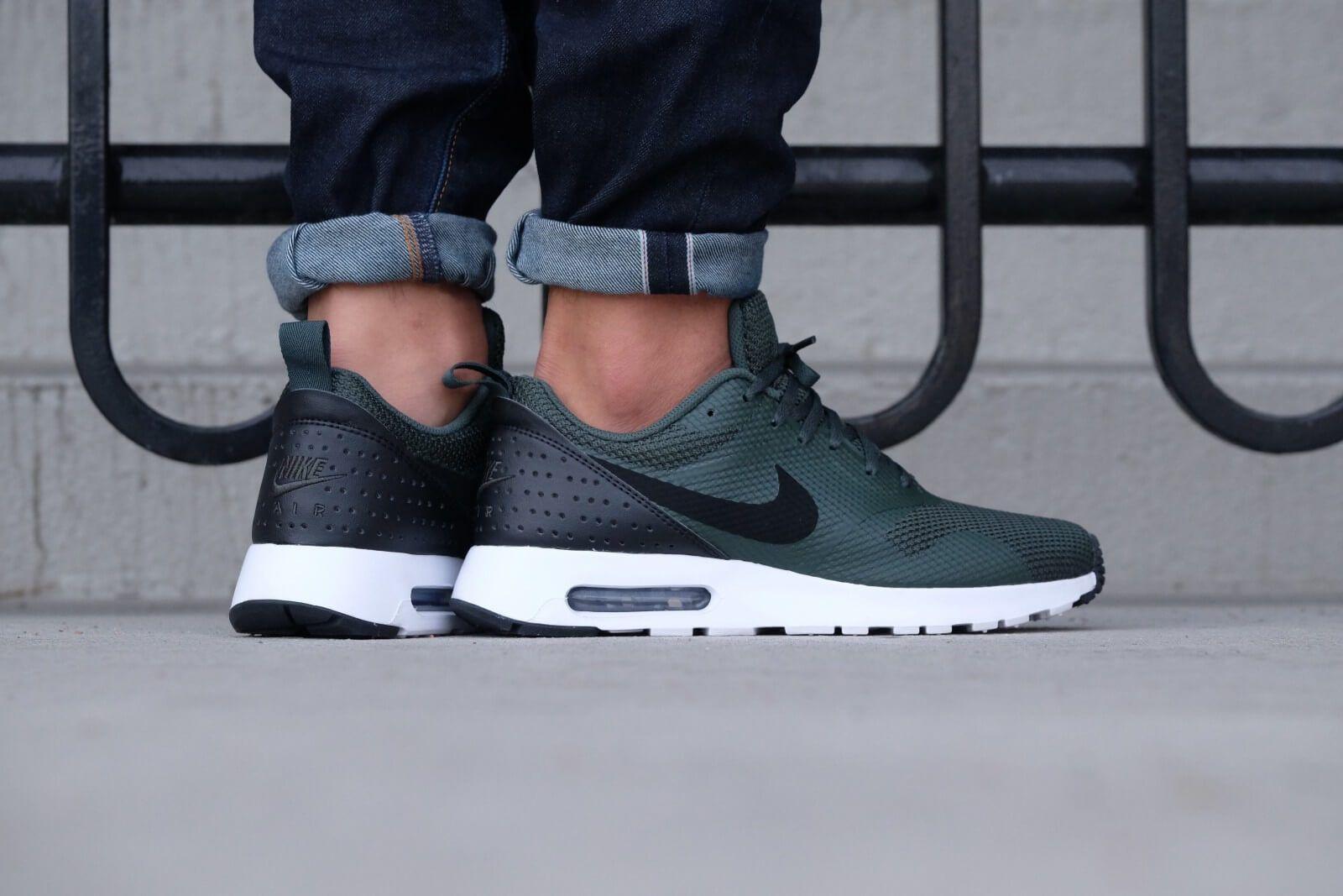 Nike Air Max Tavas Grove Green Black White 705149 305