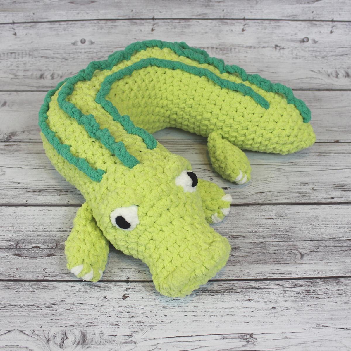 Travel Pillow: Alligator Add-on | Alligators, Pillows and Crochet