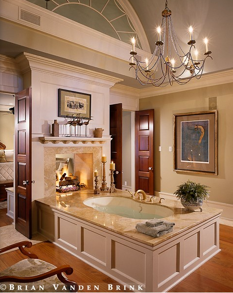 Exceptionnel Double Sided Fire Place In Master Bath And Bedroom With Tub
