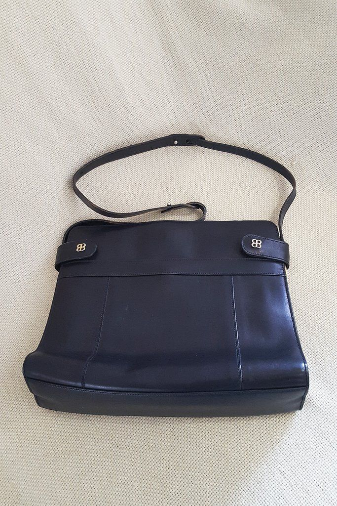 d075942218d BALENCIAGA Vintage Leather Shoulder City Bag | The Freperie ...