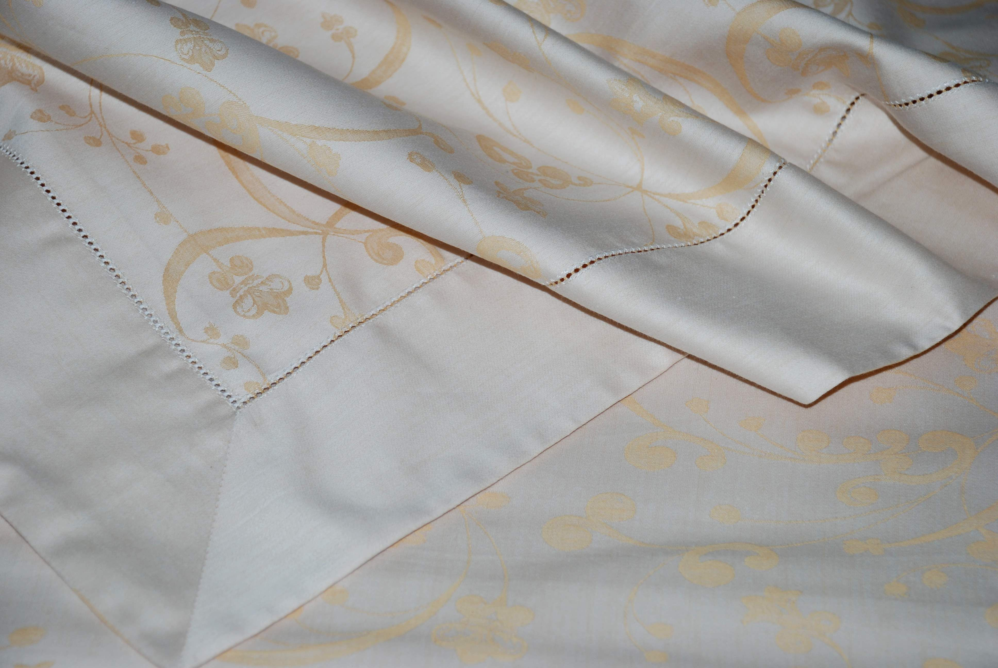 newest collection 6f674 39b98 Damascato Gold Oro