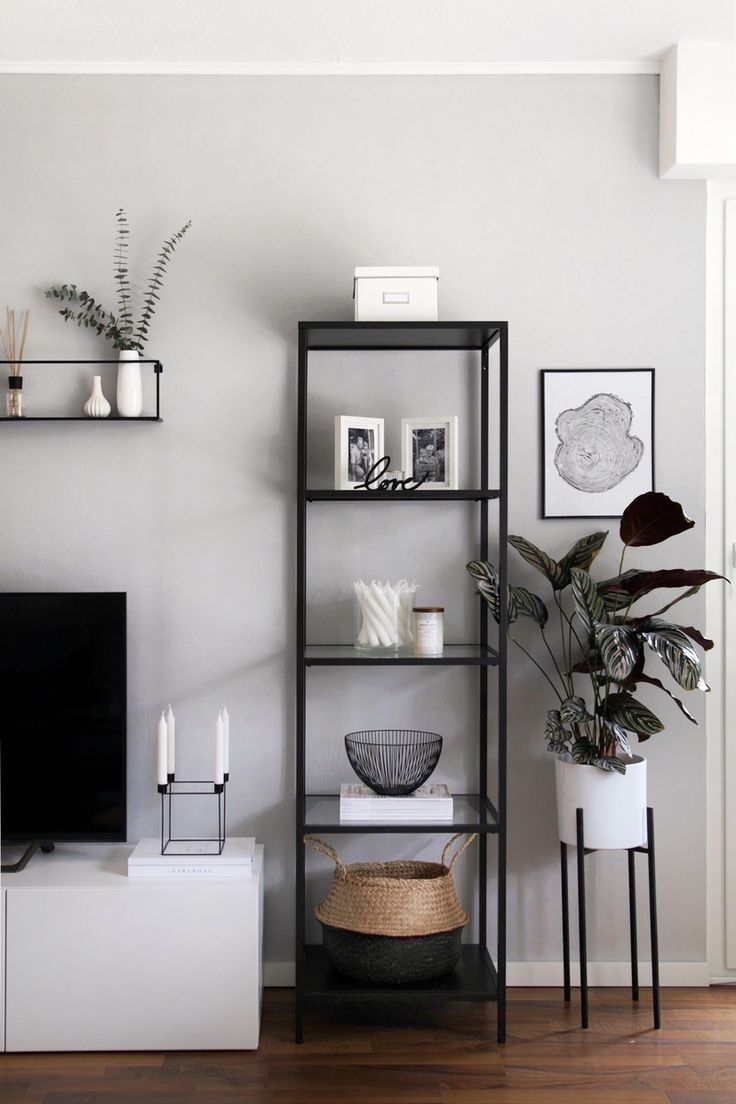 Pinterest Chandlerjocleve Instagram Chandlercleveland Black And White Living Room Decor Small Apartment Decorating Living Room White Living Room Decor