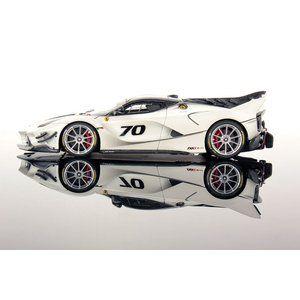1/43 ルックスマート ミニカー フェラーリ Ferrari FXX-K Evo metallic-weiss :LS486:Modelcarshop-SS43 - 通販 - Yahoo!ショッピング