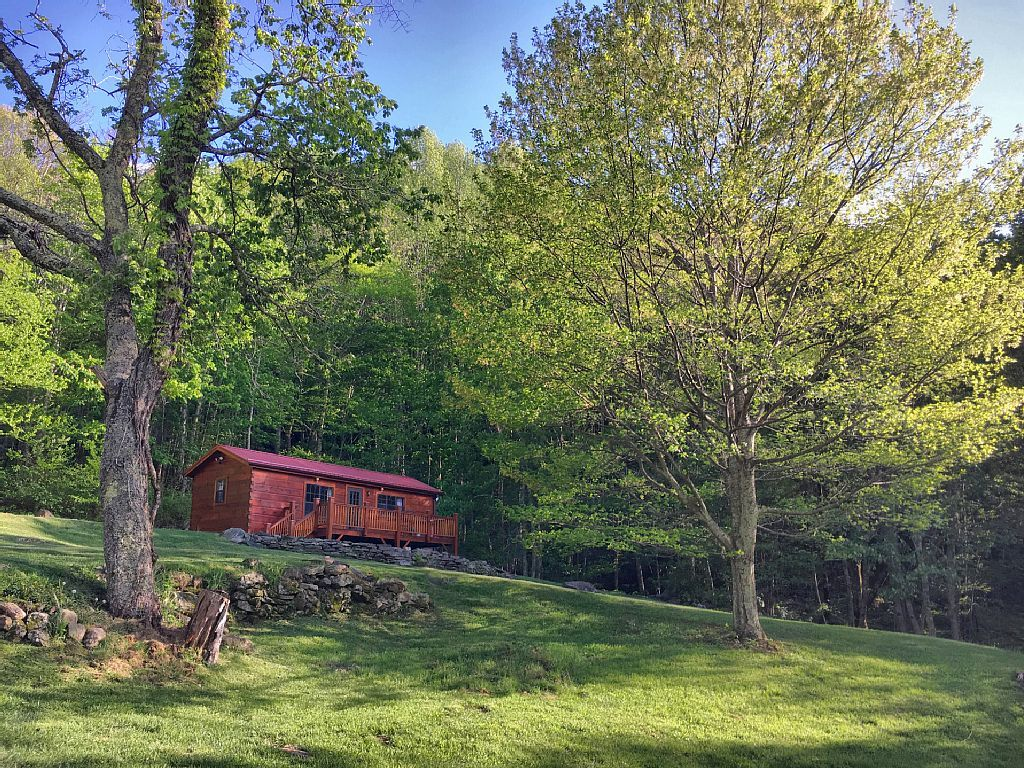 Vrbo Com 169292ha Little Bird Cabin Price Includes Taxes Pond Ducks Goats Views Quiet Nc Vacation Rentals Cabin Vacation Rental