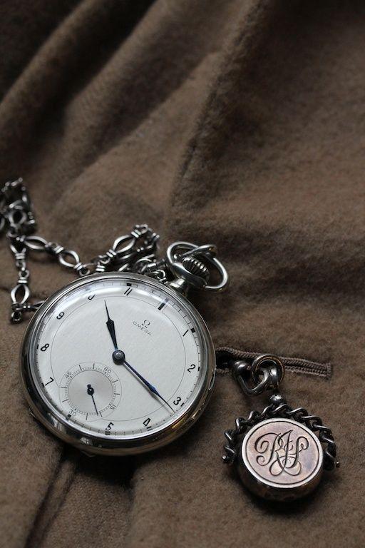 1939 Omega steel, pocket watch / 1939 Omega de aço, relógio de bolso.