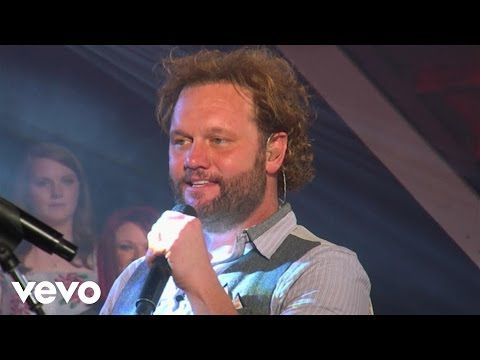 David Phelps - When The Saints Go Marching In (Live) - YouTube