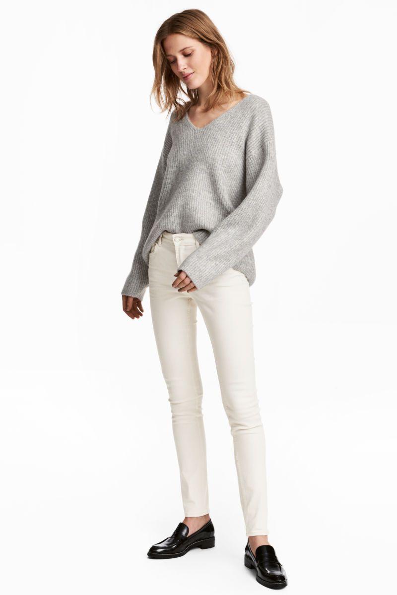Skinny Regular Jeans Naturweiss Damen H M De Online Shopping Clothes Women Fashion Clothes