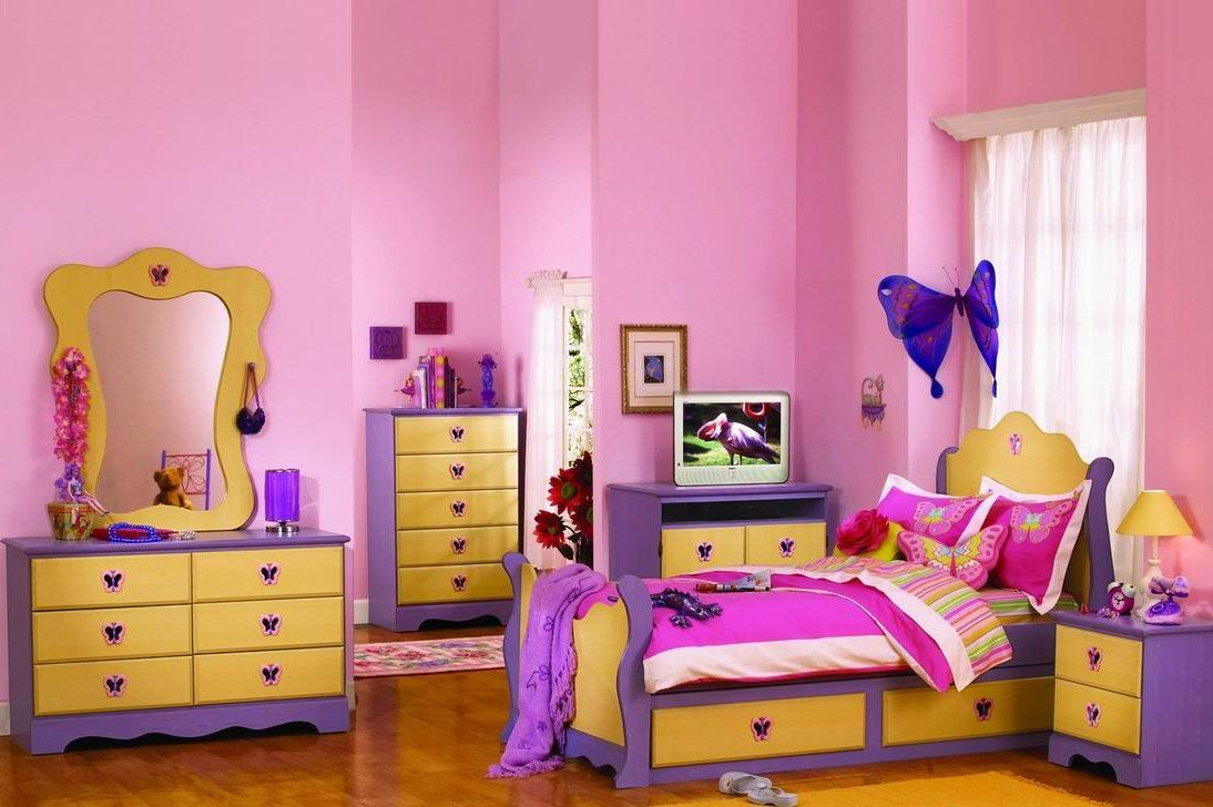 Glorious Home Painters Service Provider Http Www Urbanhomez Com Decors Smart Decor Ideas Ideas Fo Pink Kids Bedrooms Teenager Bedroom Design Girls Room Paint