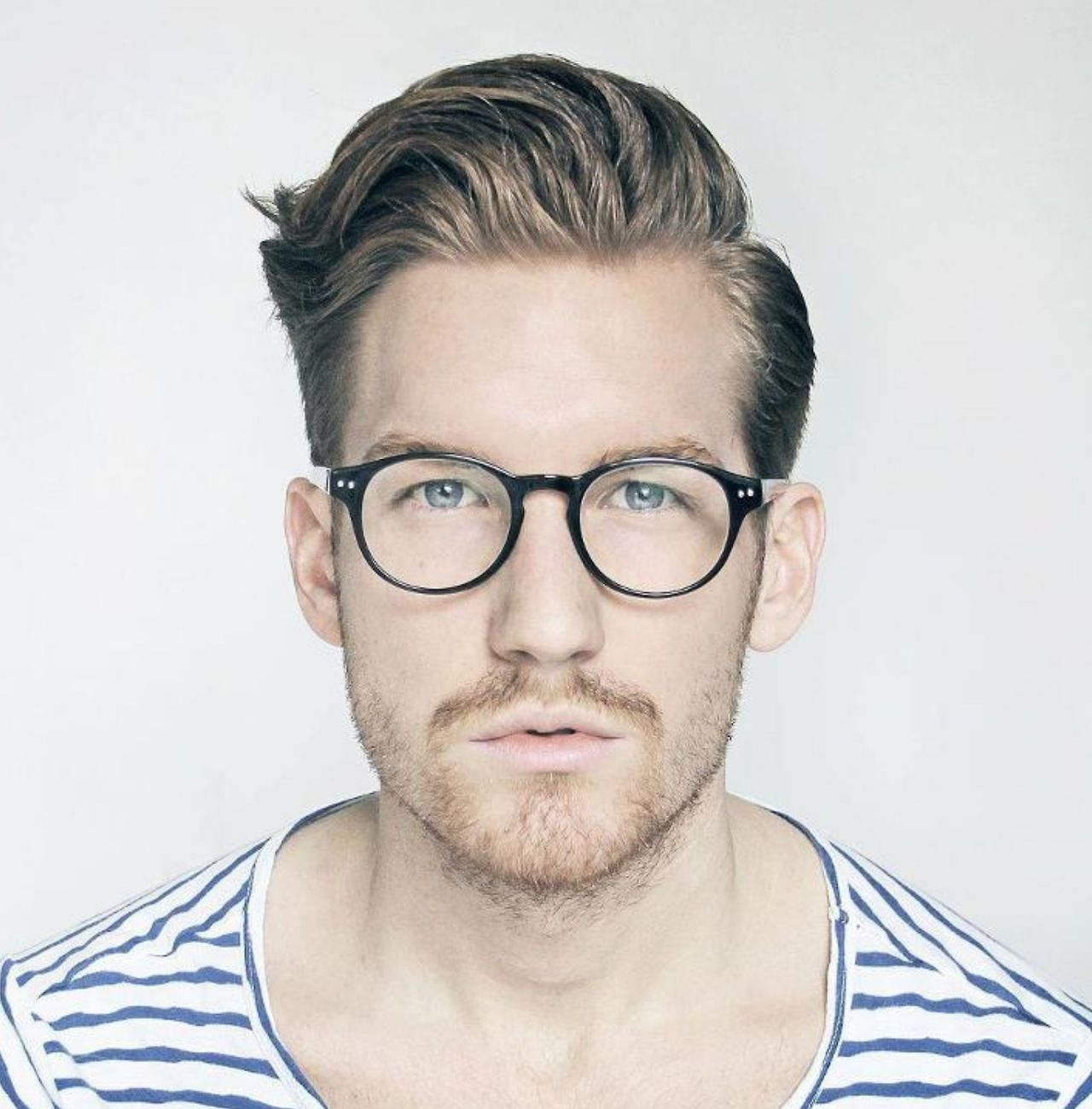 Mens Hairstyles With Glasses Guys With Good Hair And Classy Spectacles My Kinda Guys