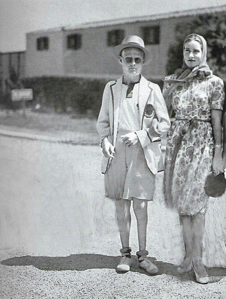 1938 south hampton ny edie bouvier beale with burt - Edith bouvier beale grey gardens ...