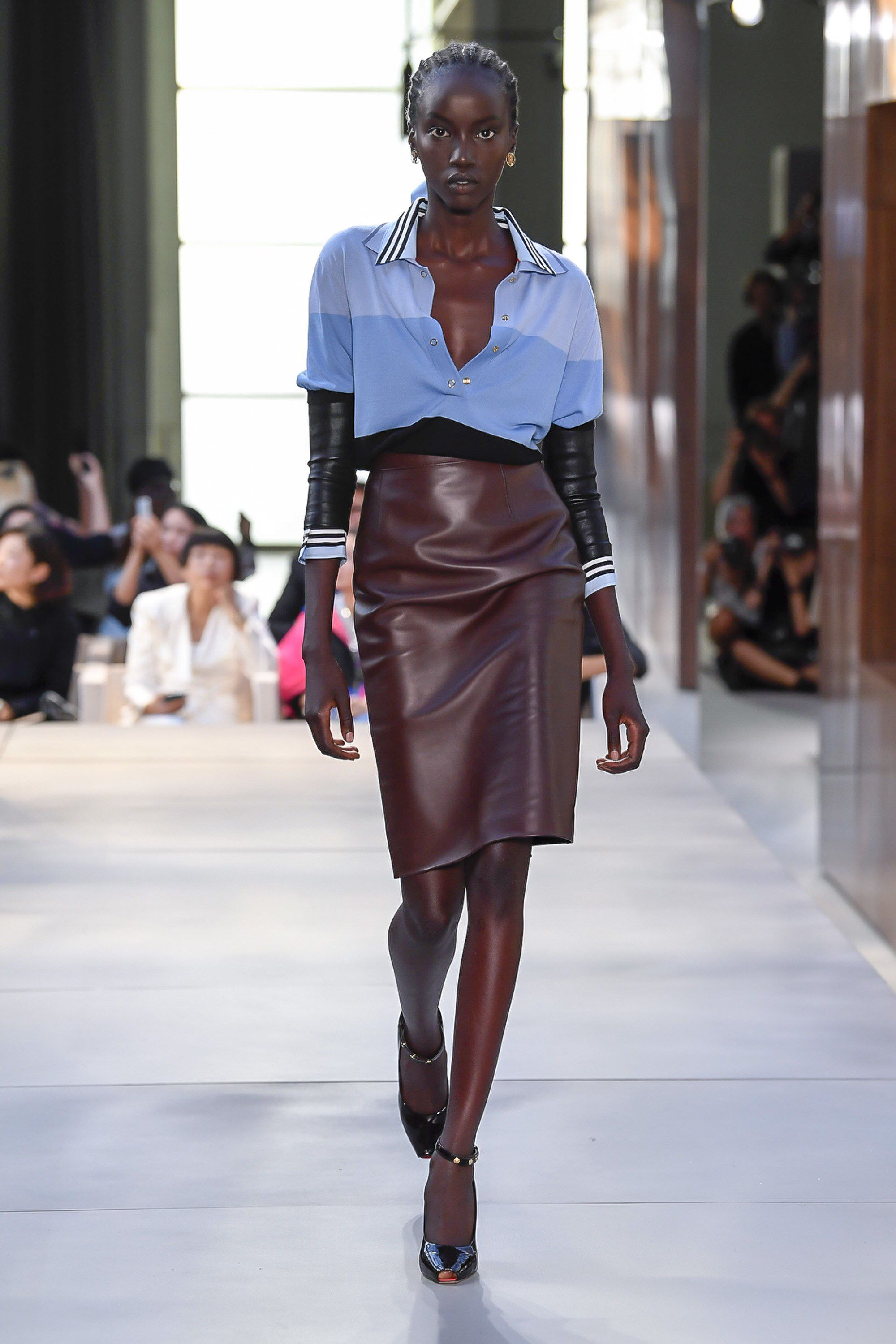 Burberry Unveils Fall 2019 See-Now-Buy-Now Collection at London Fashion Week images