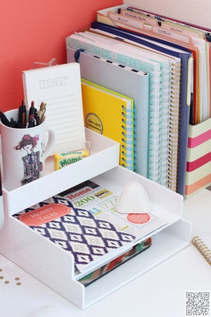 Use Trays To Hold Up Books And Store Papers Desk Organization