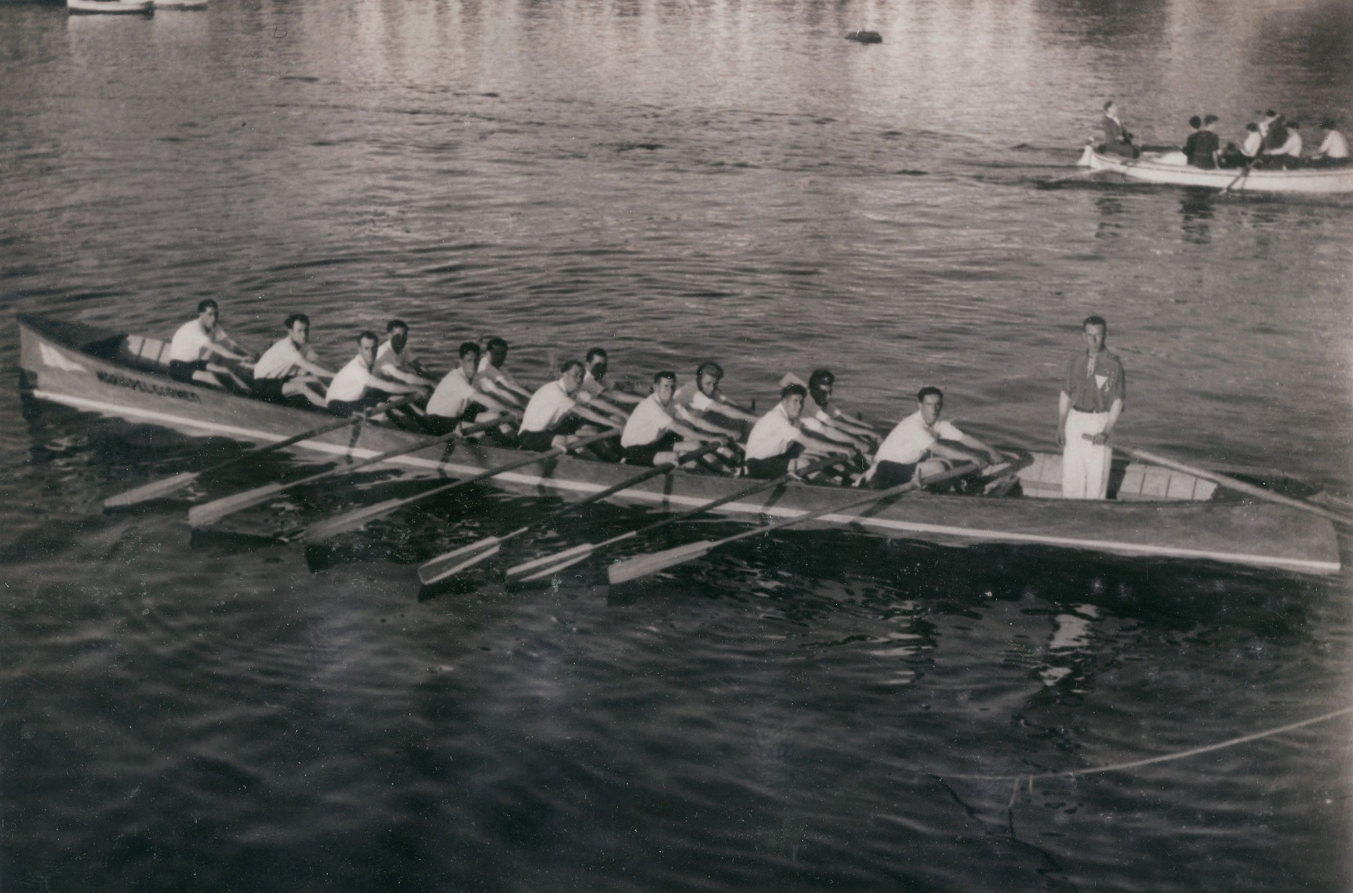 Traineras Mª del Carmen de San Pedro de Visma, vencedora das seis regatas da temporada 1944