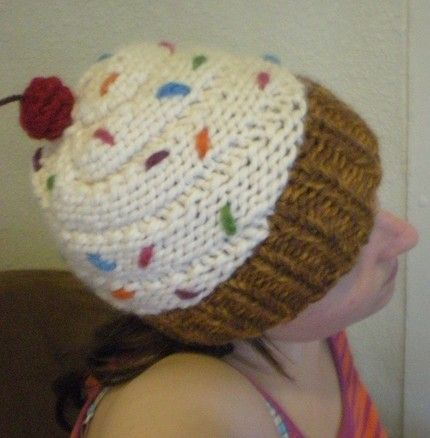 Knittingpillowpatternsforbeginners Knitted Cupcake Pattern