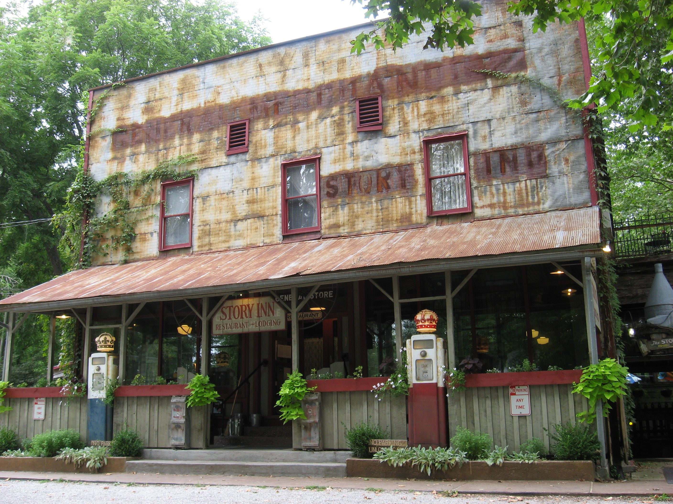 Brown County Inn >> The Story Inn Brown County Indiana The Road Less Traveled In