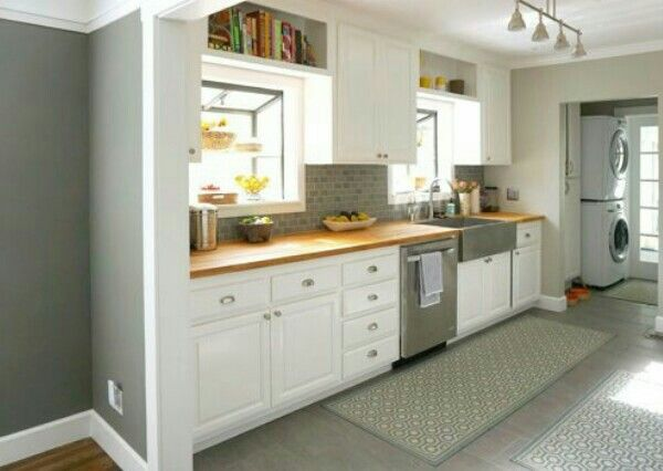 utility area wc from the kitchen kitchen ideas casas peque as rh pinterest es