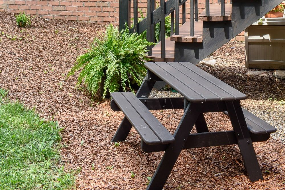Easy And Cheap Patio And Backyard Makeover Backyard 400 x 300