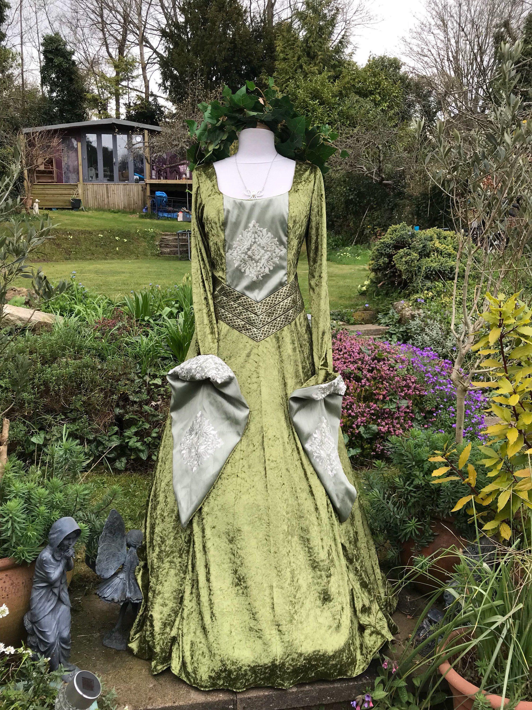 Woodland boho Beltane tudor gown renaissance medieval pagan Celtic