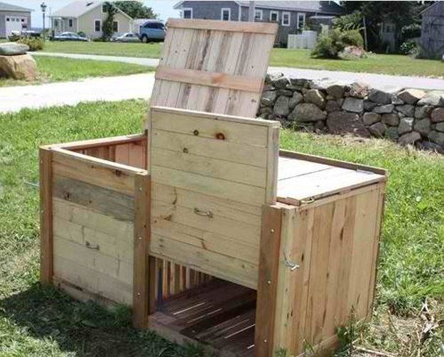 DIY Compost Bins To Make For Your Homestead | Diy compost bin ...