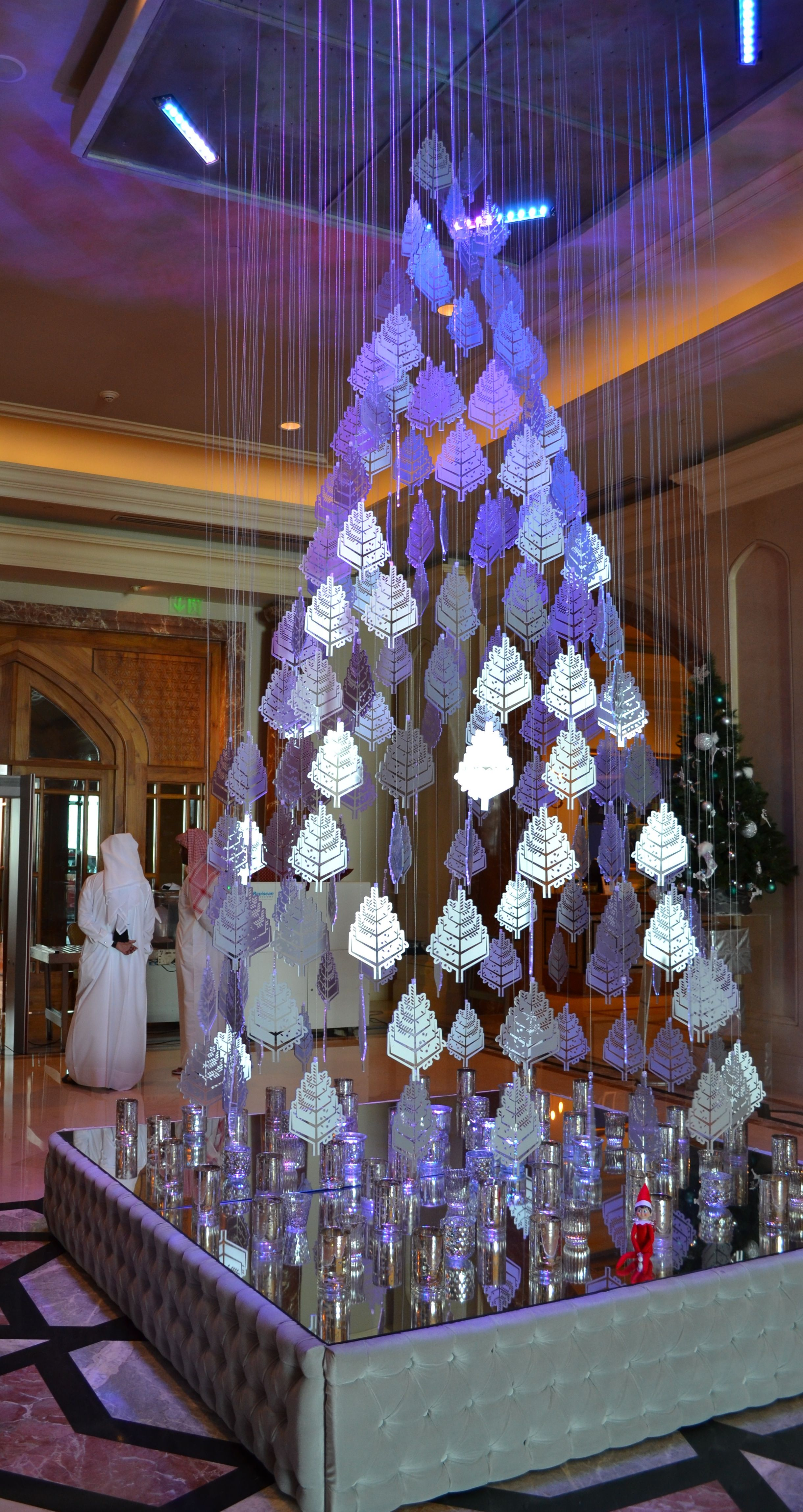 Four Seasons Hotel Doha S Tree Is Shimmering In Silver This Year Unusual Christmas Trees Diy Christmas Decorations Easy Office Christmas Decorations