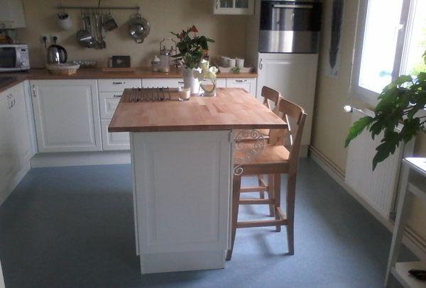 Ilot de cuisine avec plan de travail en hêtre sur mesure de - Table De Cuisine Avec Plan De Travail
