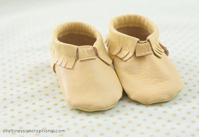 toddler/baby moccasin pattern