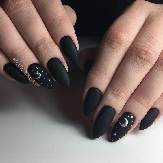 Astonishing Moon And Stars Nail Art Design In Black And Gray Colors Mascara Black Nail Designs Star Nail Art Simple Nail Art Designs