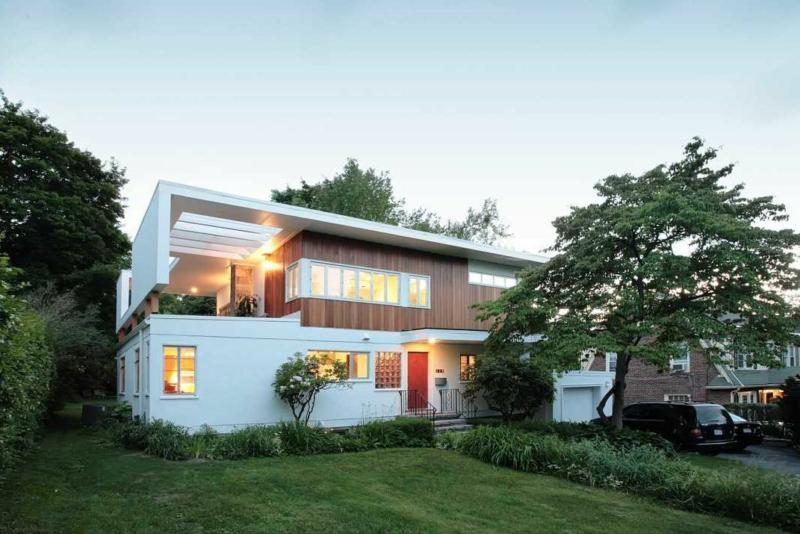119 Park Ave Arlington Ma Mid Century Modern Stunner Modern Remodel Mid Century Modern House Ranch House Additions