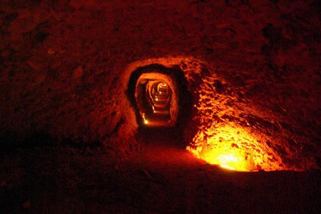 Las Médulas Una Antigua Explotación Minera De Oro Romana Situado En Las Inmediaciones De La Localidad Homónima En La Comarca De E Rings For Men Jewelry Decor