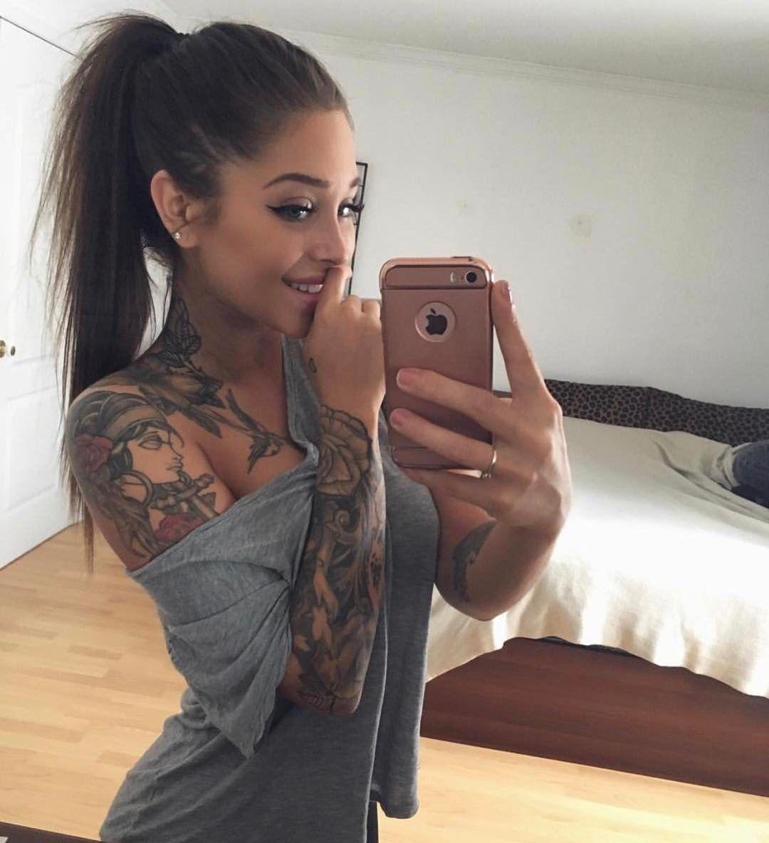 "Photo of Tatuajes en Instagram: ""Woman crush 😍💕 ¡Sigue @inkspiringtattoos para más! – @ valerie.c_ """