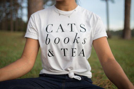 Hoi! Ik heb een geweldige listing op Etsy gevonden: https://www.etsy.com/nl/listing/486302855/kat-minnaar-cadeau-katten-boeken-en-thee