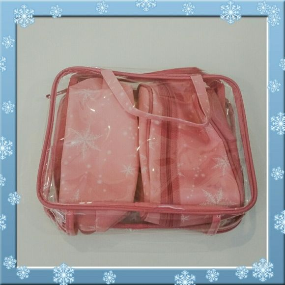 NWOT Snowflake Makeup/Travel Bag Set! Perfect for Winter/Holiday travels! Pink and White, girly and festive! Bags Cosmetic Bags & Cases