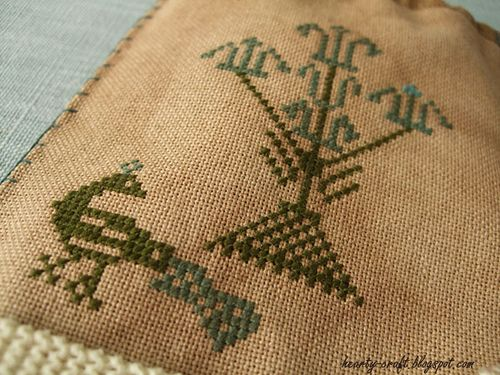 Tulip Tree bag - Stacy Nash Primitives 2  by Hearty craft, via Flickr