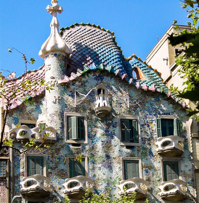About Casa Batllo Barcelona Buildings Attractions Casa Batlló Gaudi Apartment Building
