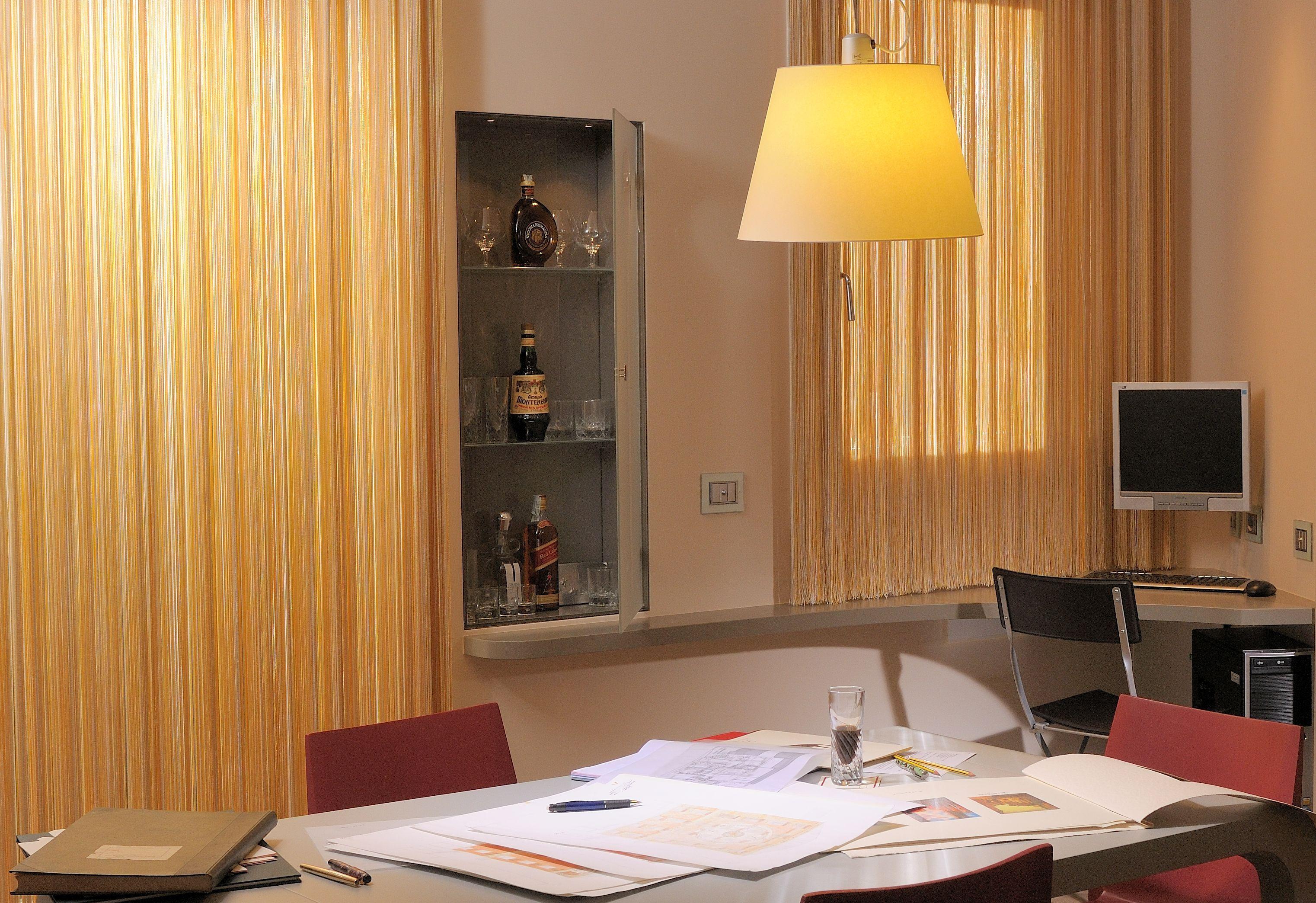 Suite 501 Corte-Internet Point.