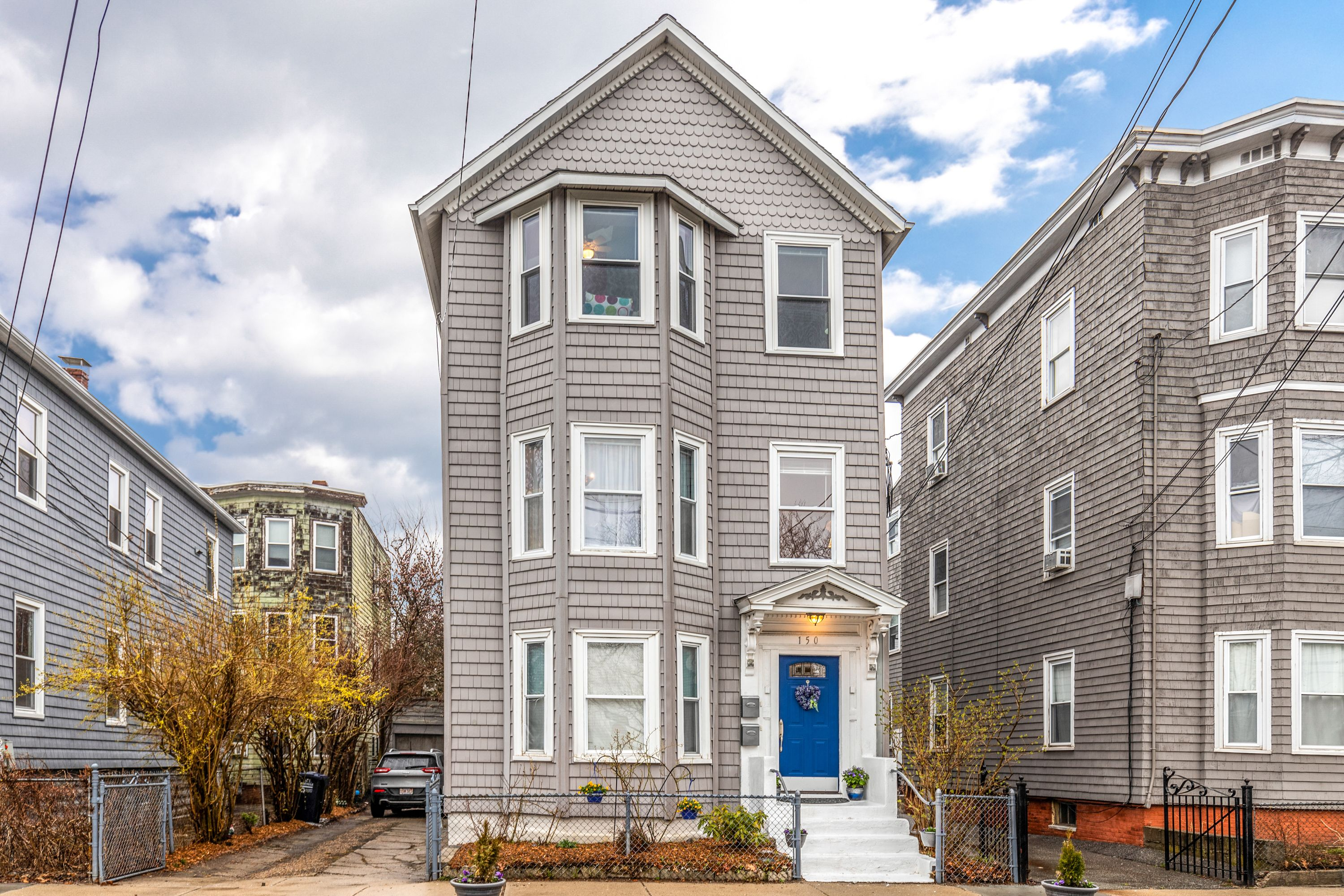 Just Listed Here S A Rare Opportunity To Own A 2 Family Home In Cambridge Located Less Than A Mile From Inman Sq Kendall Sq Central Boston Real Estate House Styles Real Estate