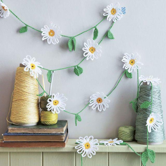 Make A Cute Crochet Daisy Chain #cutecrochet