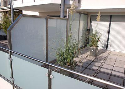 Sichtschutz & Trennwände Edelstahl / Glas Brüstung