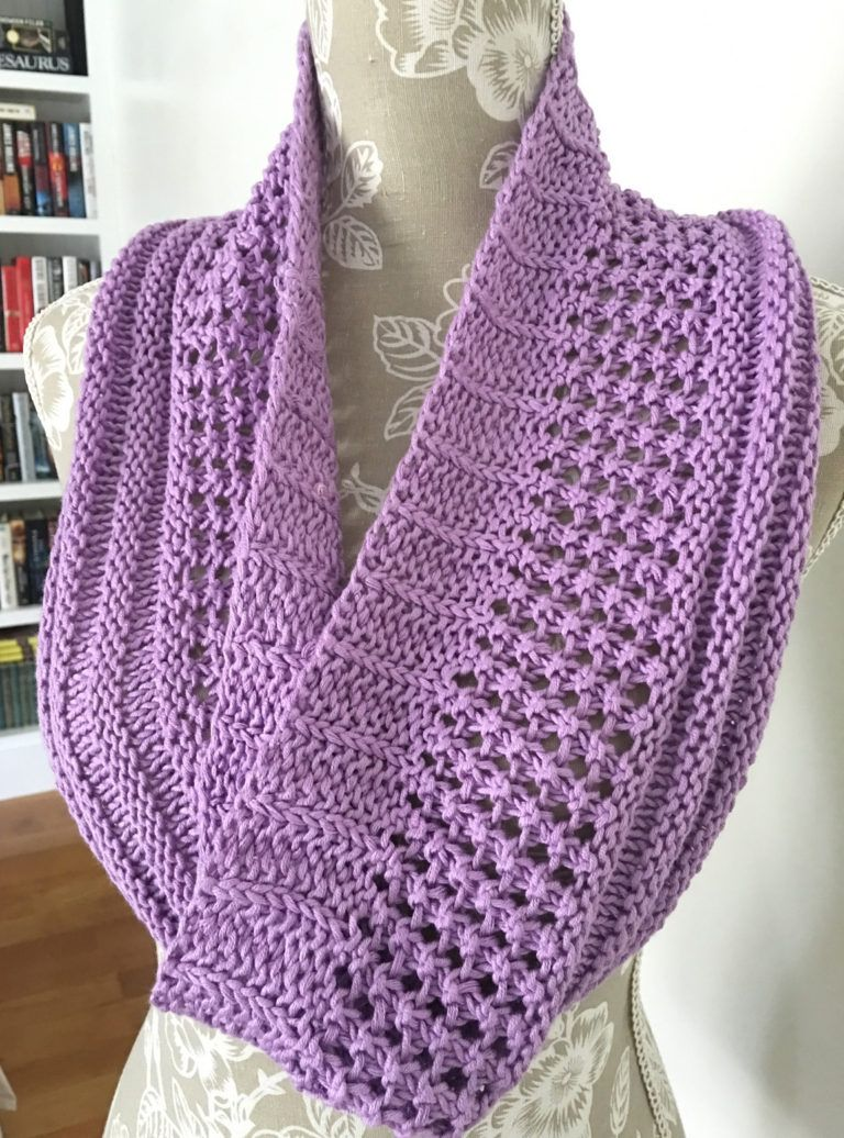 Free Knitting Pattern for Layer Cake Loop   Infinity scarf ...