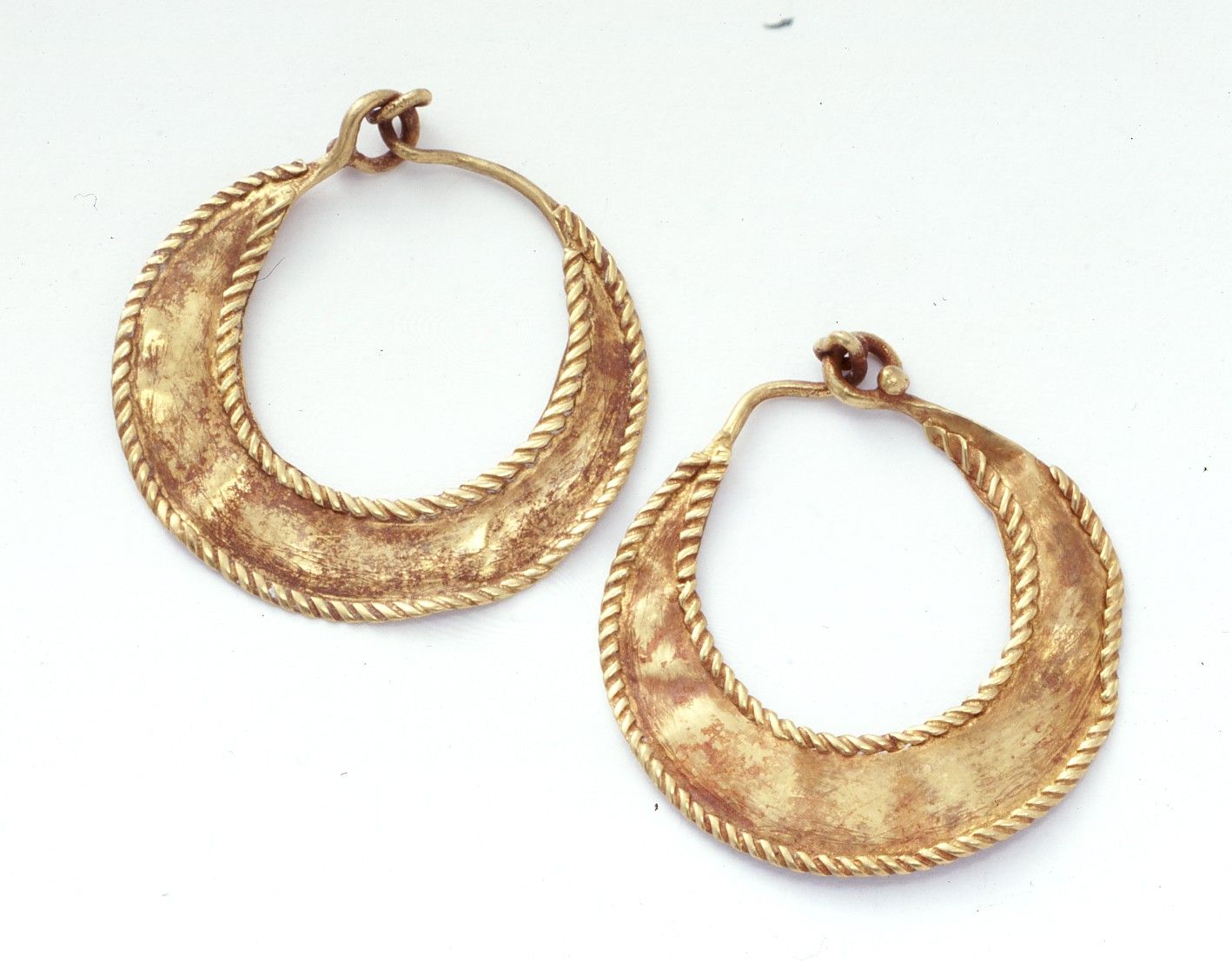 Cypriot Pair Of Earrings  Museum Of Cycladic Art Earrings Made Of Thin  Gold Sheet Hammered